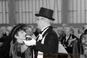Tanzclub Massenbachhausen, Auftritt alte Tänze, Dezember 2013, Seniorennachmittag, Massenbachhausen
